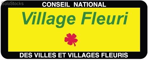 L'attribut alt de cette image est vide, son nom de fichier est panneau_village_fleuri.jpg.